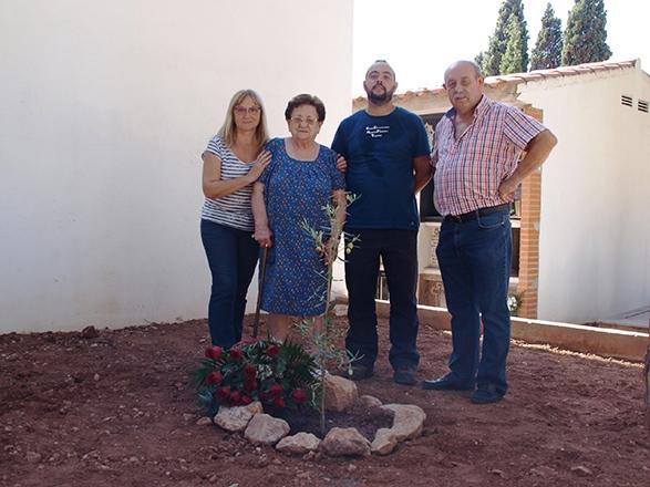 Exhumacion de arqueoantro en Borriol 2013