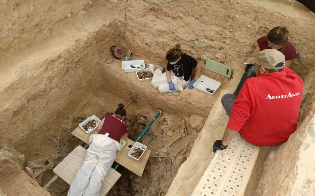 Se exhuman los primeros cuerpos en la Fosa 128 de Paterna
