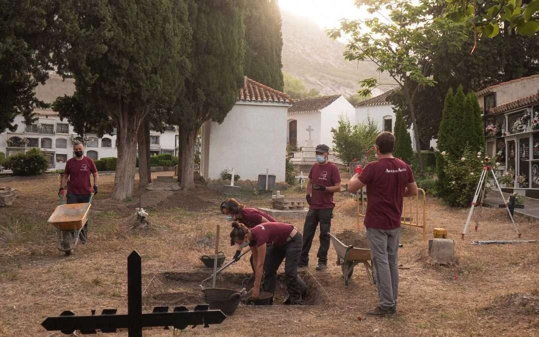 Exhumación en Nigüelas (Granada)